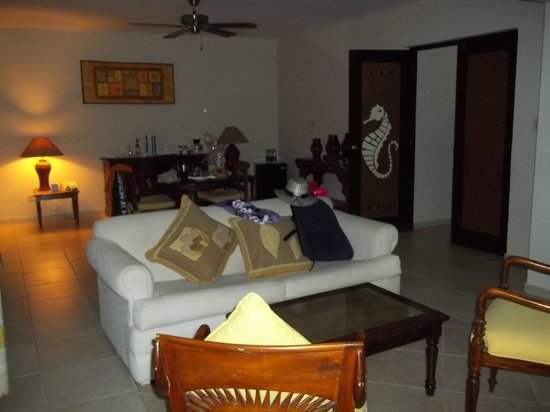 Caribe Club Princess Beach Resort & Spa: living room