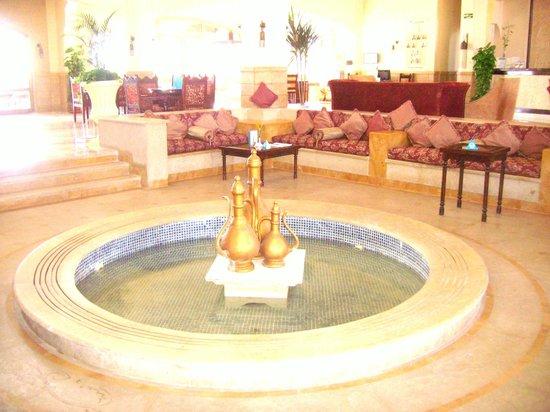 SENTIDO Oriental Dream Resort: Ingresso principale dell'albergo