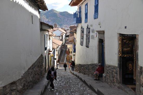 Eureka San Blas: Straße vor dem Hotel
