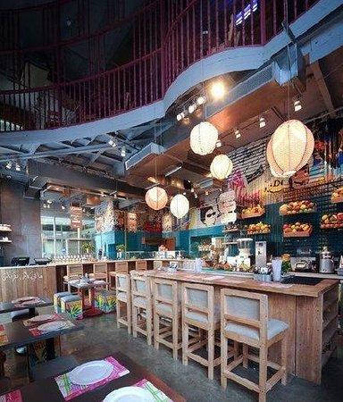 Zaroob Restaurant & Cafe Lounge