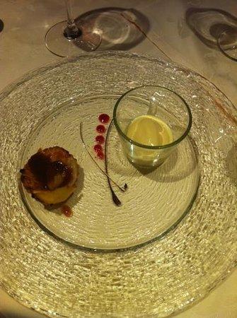 Hanusel Hof : Apfeltart mit Calvados Eis