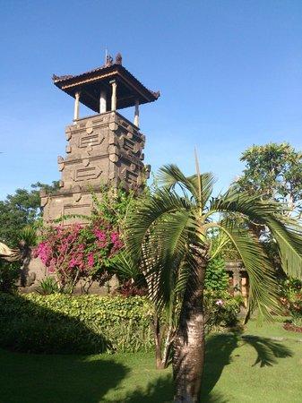 Matahari Terbit Bali Deluxe Bungalows : Garden