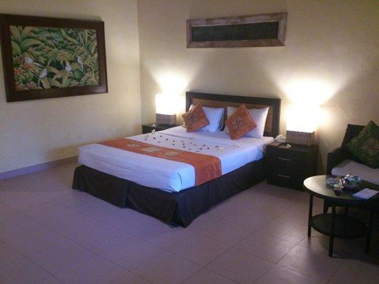 Matahari Terbit Bali Deluxe Bungalows : Room