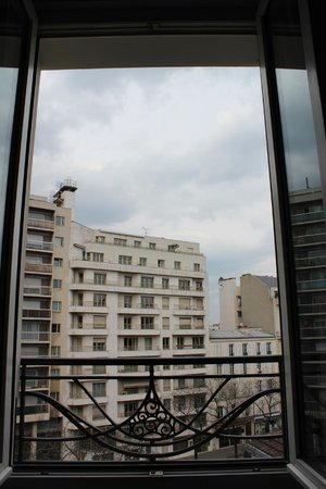 Holiday Inn Paris Auteuil: The View