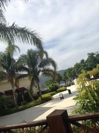 Secrets St. James Montego Bay: Resort grounds
