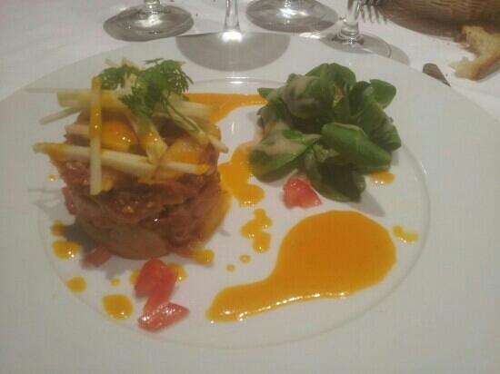Taverne Du Commerce: prelibatezza con foi grass, jambonneau, mango e mele! eccezionale
