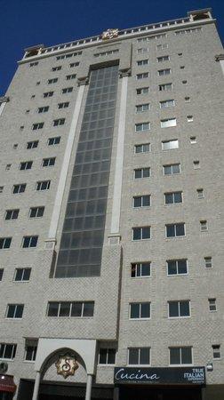 Al Safir Hotel & Tower: Hotel building