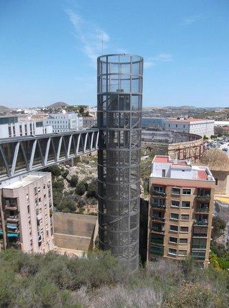 Castillo de la Concepción: The lift to the castle