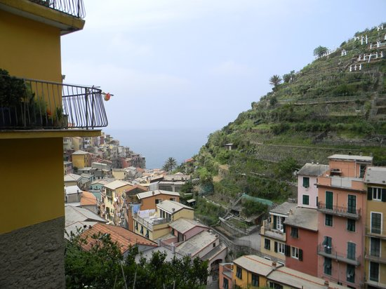 Cinque Terre Walk and Drink