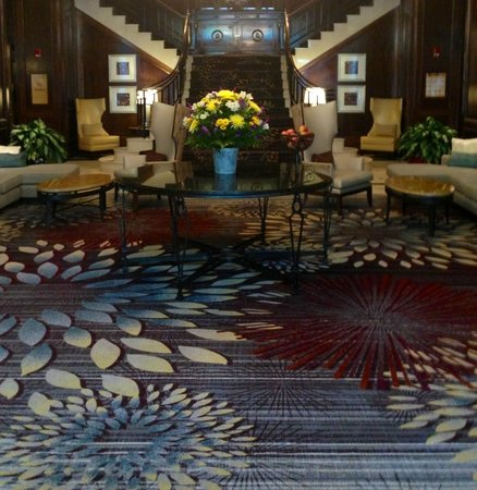 Norfolk Waterside Marriott: Lobby