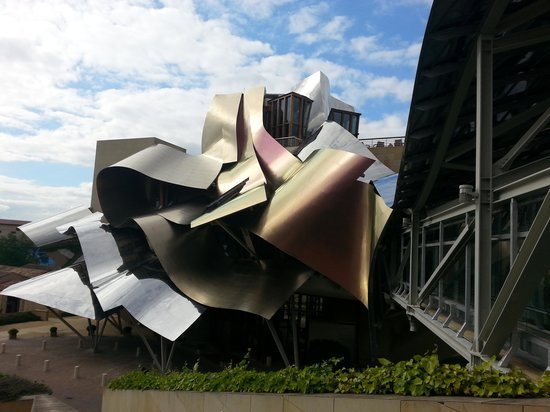 Hotel Marques de Riscal a Luxury Collection Hotel : the passage fron the rooms