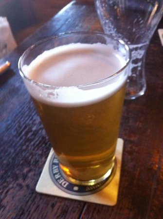 The Old Harkers Arms: A pint of Cheshire Cat leaves me smiling like the proverbial Cheshire Cat