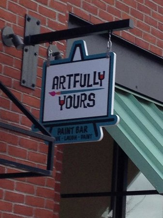 Artfully Yours Paint Bar: getlstd_property_photo
