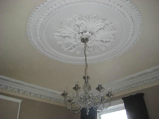 Lakeview Guesthouse: The beautiful ceiling