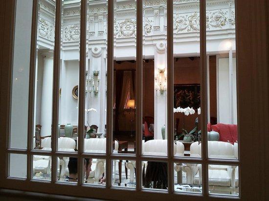 Hotel Corona d'Oro 1890 : Partocolari sale