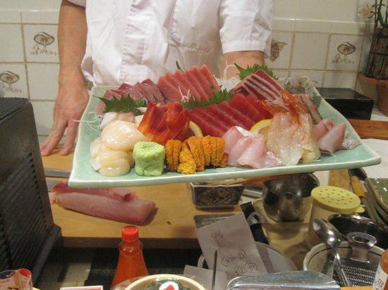 """Zen Japanese Restaurant: """"Heaven"""" on a platter!"""