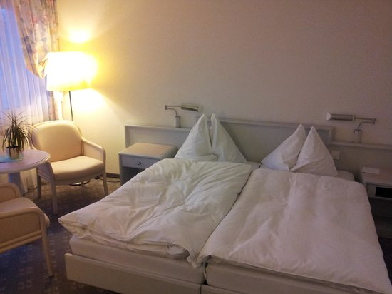 Hotel Winkelried: Bed
