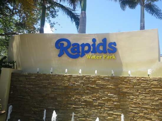 Rapids Water Park: The entrance to the park