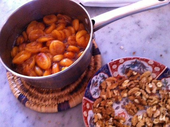 Riad Dar Attajmil: Cookery course fare