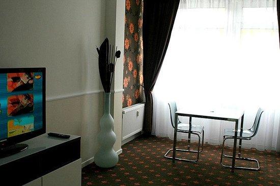 Alt Graz Hotel: room