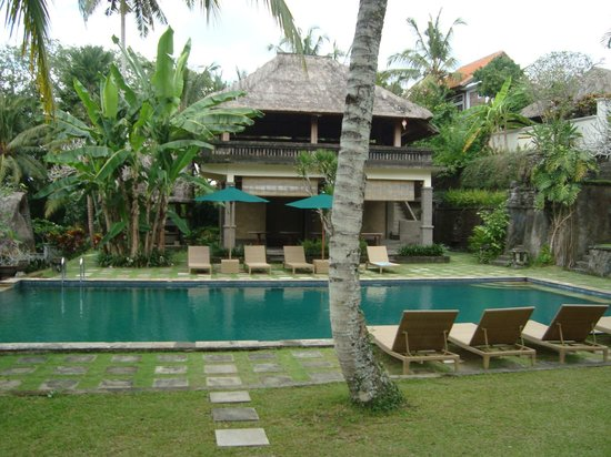 Pertiwi Resort & Spa: One of the swimming pools