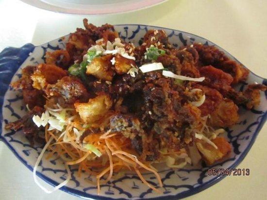 White Elephant Thai Cuisine: Spicy Calamari