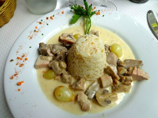 Le Jardin d'Ivy : Blanquette with rice