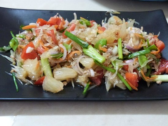 Thai Cooking Classes : The salad