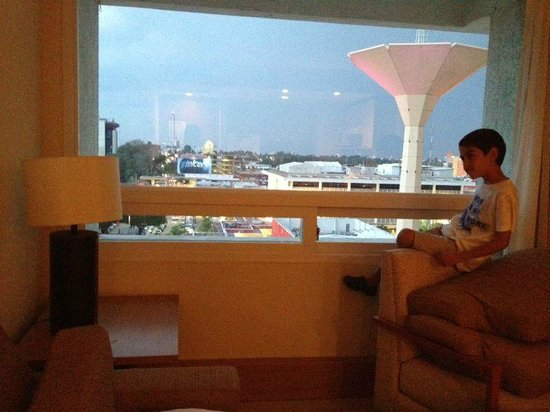 Staybridge Suites Guadalajara Expo : Vista desde la habitación