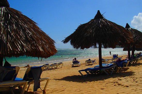 Grand Bahia Principe El Portillo: mer