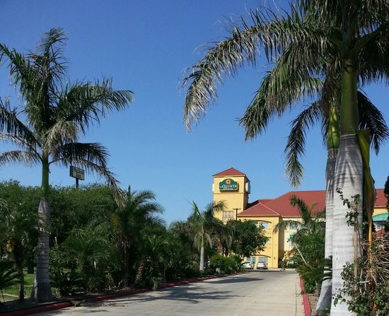 La Quinta Inn & Suites Brownsville North : View from the Entrance