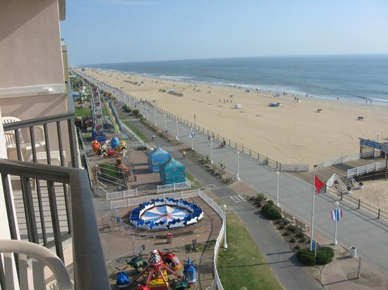 Best Western Plus Sandcastle Beachfront Hotel: What a view!