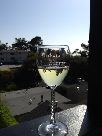 Hofsas House Hotel: Enjoy a nice glass of wine overlooking the Carmel view.