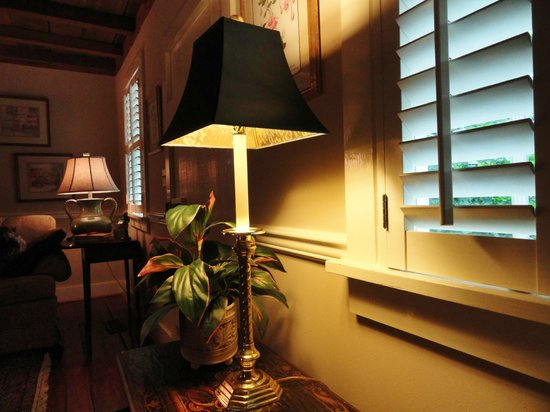 Price House Cottage Bed and Breakfast: Sitting by the fireplace reading -