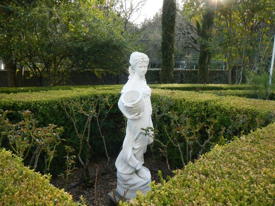 Chateau de Vie: A statue in the garden.