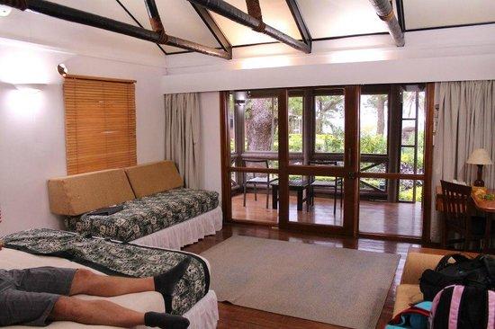 First Landing Beach Resort & Villas: Our room