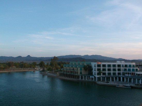 Lake Havasu: The view from the London Bridge