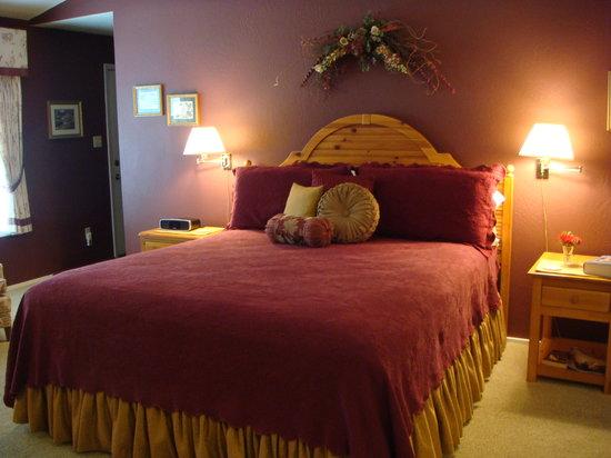 Romeo Inn: Canterbury Room