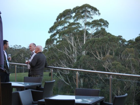 Fairmont Resort Blue Mountains - MGallery Collection: Balcony view to Blue Mountains