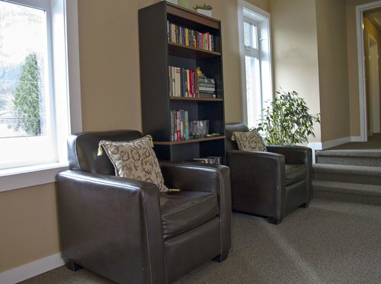 Hotel Squamish: We offer a small free library of books&DVDs that you can take to your room on a night in.