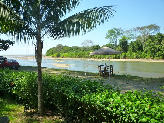 Costa Rica Surf Camp: Dominical River Mouth