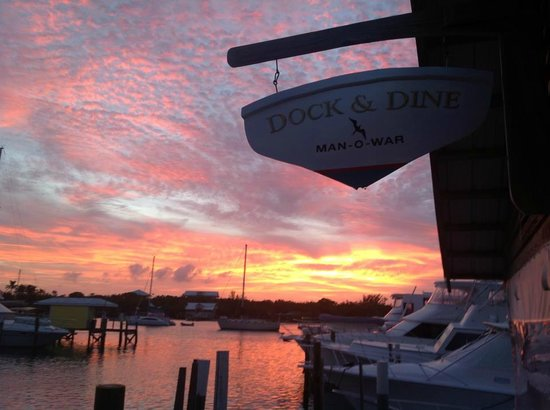 Dock & Dine : Sunset View into the marina