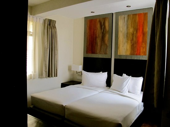 Hilton Colombo Residence : bedroom