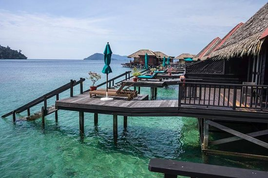 Gayana Marine Resort: Ocean Villa deck