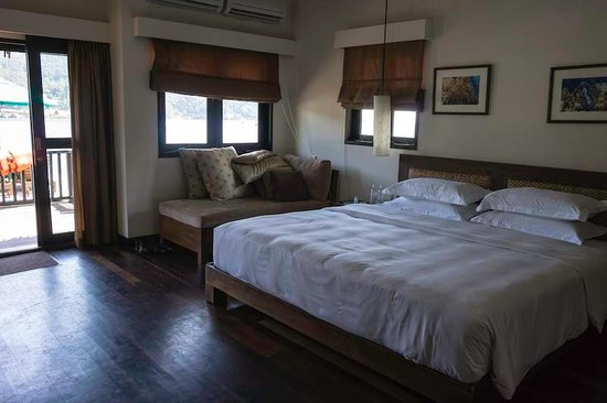 Gayana Eco Resort: Ocean Villa interior