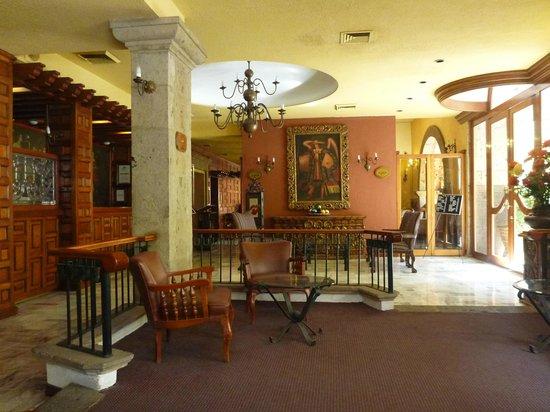 Hotel de Mendoza: Hotel lobby
