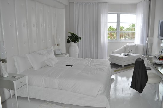 Delano South Beach Hotel: uber chic rooms and the most comfortable bed on the planet