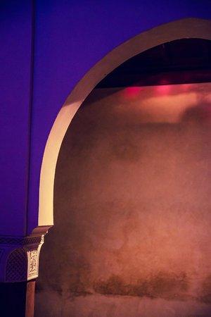 Zamzam Riad: Pretty Moroccan arches