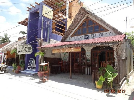 Beachfront La Palapa Hotel Adult Oriented: el pueblito
