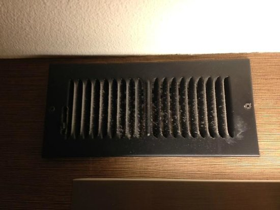 Fairfield Inn & Suites by Marriott, San Jose Airport: Vent in bathroom